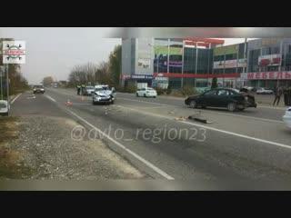 Автомобиль ДПС, спешивший на оформление аварии, на скорости врезался в Chevrolet Lacetti.