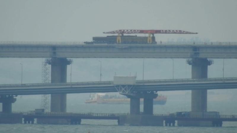 Работы на ж-д мосту.Керчь .Вид с Капкан.Керченский и таманский путеукладчик.