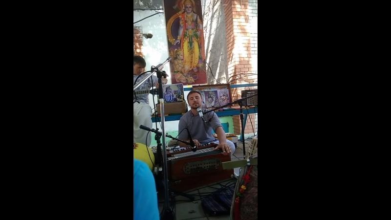 Вайшнава Прана прабху и Нама Амрита