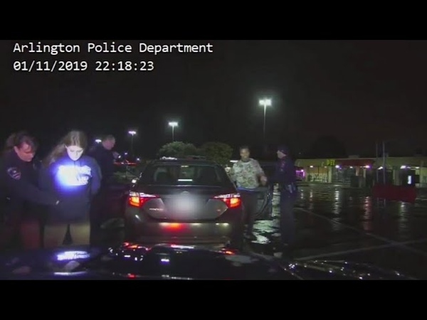 17 января 2019 г. - Видеоматериал о критическом инциденте. Ранен сотрудник полиции и подозреваемый.