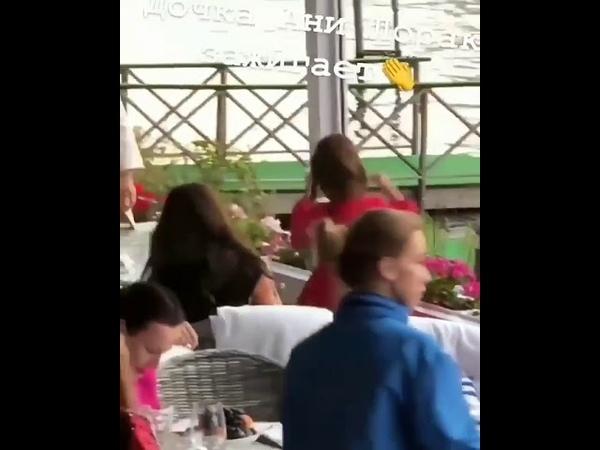 Дочка Ани Лорак танцует под Оранжевые сны