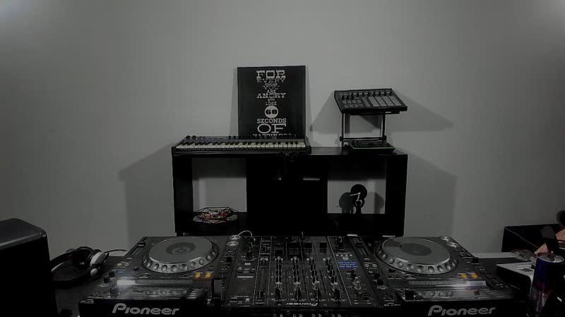 Sangabriel Oclock 016 Periscope Techno music