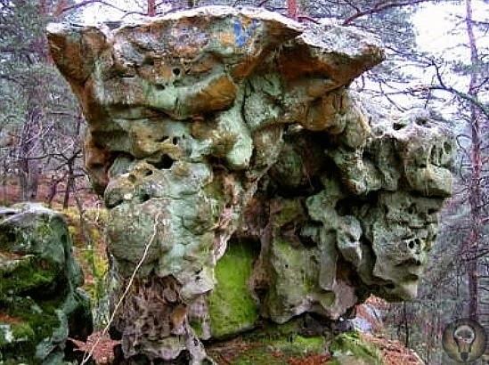 Следы загадочной древней цивилизации во Франции, в лесу Фонтенбло