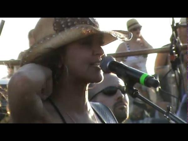 Gretchen Wilson on Kid Rocks Chillin the Most 2 Cruise Redneck Woman