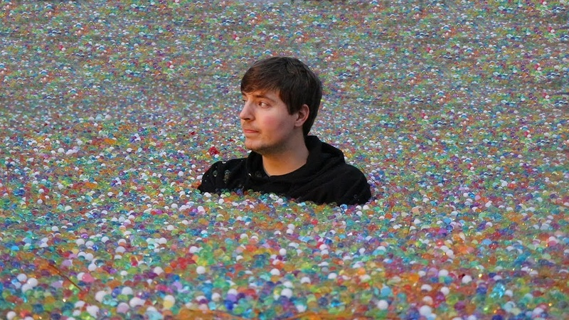 I Put 100 Million Orbeez In My Friend's Backyard