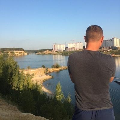 Руслан Азимов