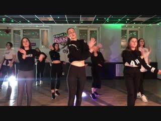 Vogue - hands performance   freak dance studio