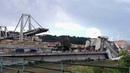 Витальянском городе Генуя обрушился автомобильный мост, обломки которого упали нажилые дома