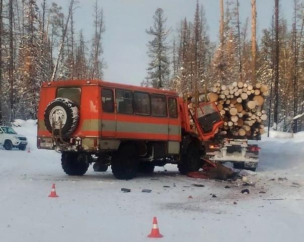 В ДТП на Капаевской трассе погиб водитель вахтовки