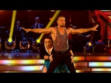 Lisa Riley &amp Robin Windsor Cha Cha to 'Think' - Strictly Come Dancing 2012 - Week 1 - BBC One