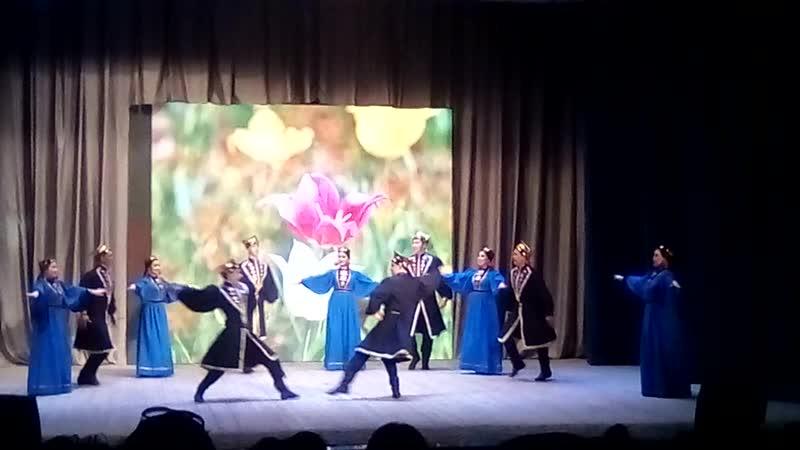Ансамбль народного танца Ирандык. Калмыцкий танец.