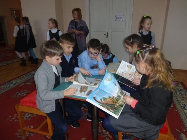 неделя детской и юношеской книги, донецкая республиканская библиотека для детей, отдел обслуживания дошкольников и учащихся 1-4 классов, книжкины именины