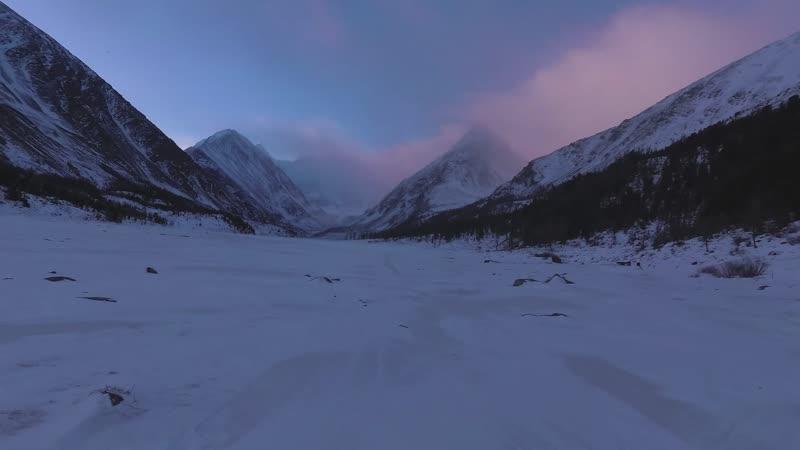 Зима у подножия Белухи