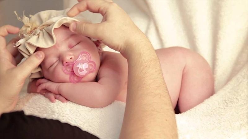 Amélie - 15 dias - Ensaio Newborn de Amélie por Priscilla Amorim