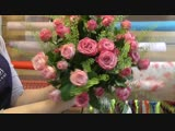 Floristics lessons ! Bouquet from roses