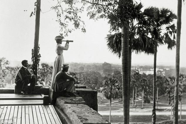 путешественница начала 20 века