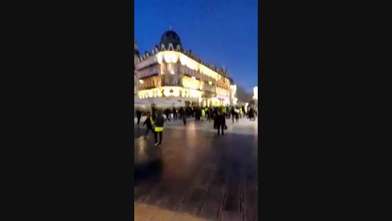 Acte 9 Montpellier Ce gouvernement est capable de bombarder son peuple comme les pires dictateurs !.mp4