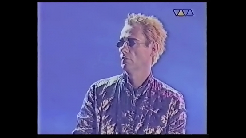 Pet Shop Boys - i don t know what you want but i can t give it any more (on tv)