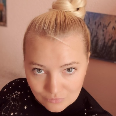 Юлия Костомарова