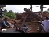 'Aaron's Logroll Scene' Making of Ep. 902 BTS The Walking Dead