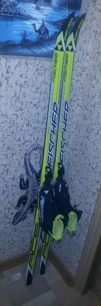 Лыжи для школьника 140 см