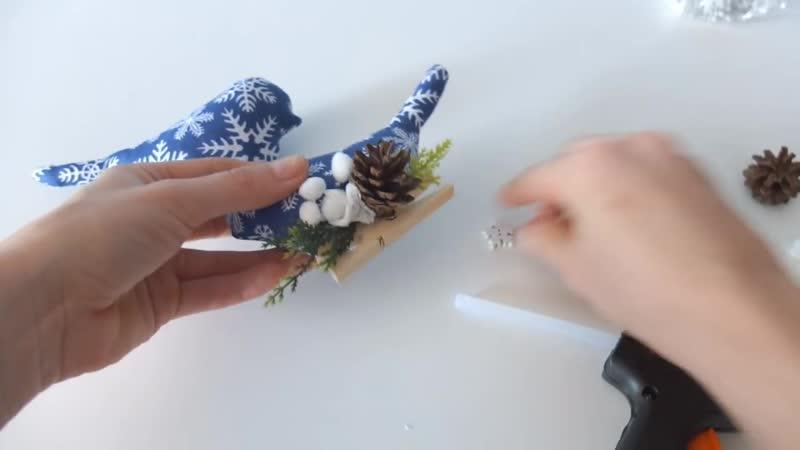 Елочные игрушки Птички на прищепке мастер класс_новогодний декор своими руками