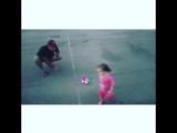 играю с племянницей ))
