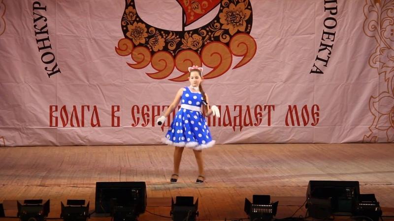 Кошки поет Дёмина Виктория солистка вокальной студии Коктейль