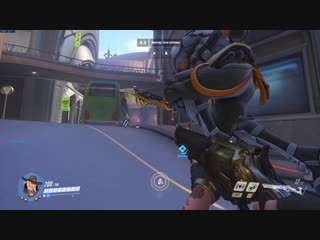 Threw a dynamite 4 sec before doors open 500 damage 25% ult ill take that every day