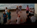 02.09.2018г. Поют девчата на Приморском. Вечереет.Ветренно. Девчата поют частушки.