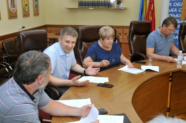 3 июня, в Запорожском областном совете состояло...