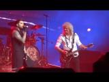 Q ueen Adam Lambert - A nother One B ites The Dust - P ark Theater - Las Vegas -