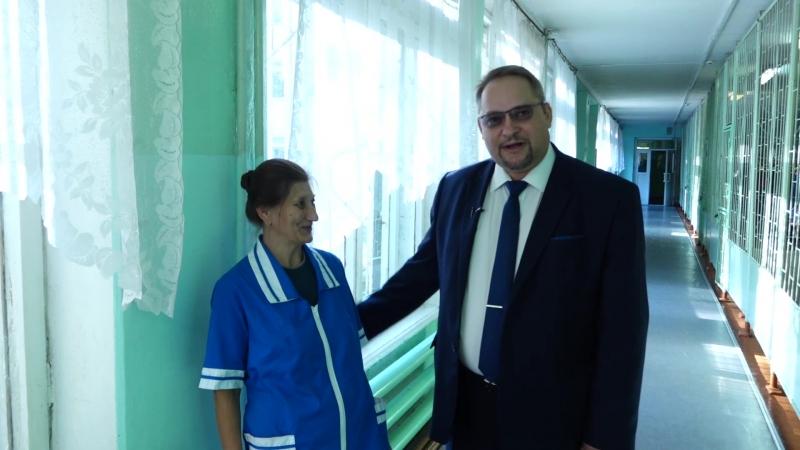 Заместитель Губернатора Олег Васильев о любимом учителе и школе, где он преподавал