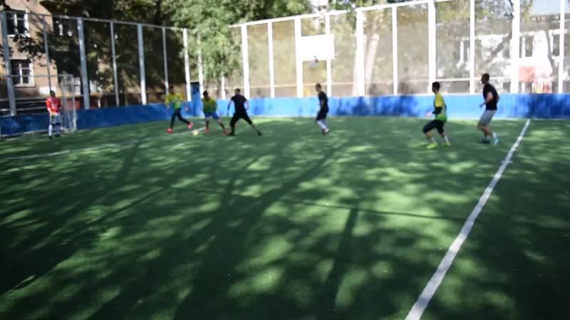 Футбольная лига Пресни(осень 2018). Штурм 6-0 Рабочий поселок(1-ый тайм)