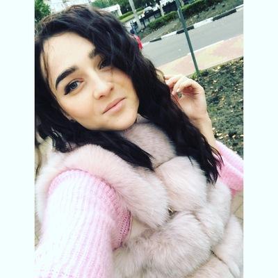 Nadya Isaeva