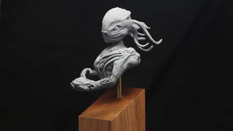 Alien. The Gifts bringer