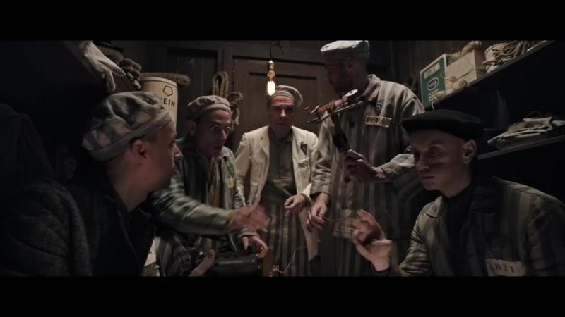 'El fotógrafo de Mauthausen' Descubre en exclusiva cómo se hizo el vestuario de la película de Mario Casas 6