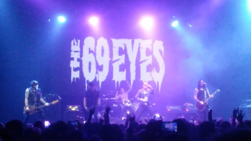 The 69 eyes The chair