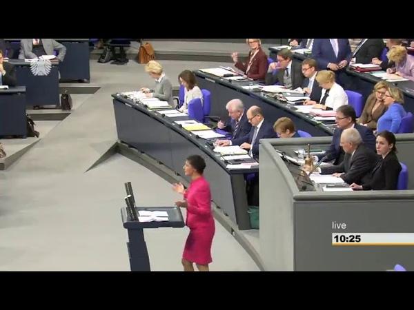 Sahra Wagenknecht fertigt die Regierung ab