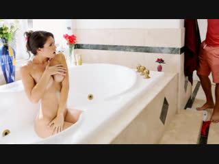 Brazzers sex video/ make yourself free-useful - katana kombat & xander corvus [athletic, bald pussy, bathtub, big tits]