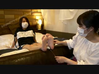Japanese two girls feet tickle