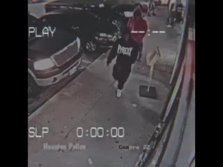 Typical robbery in the ghetto