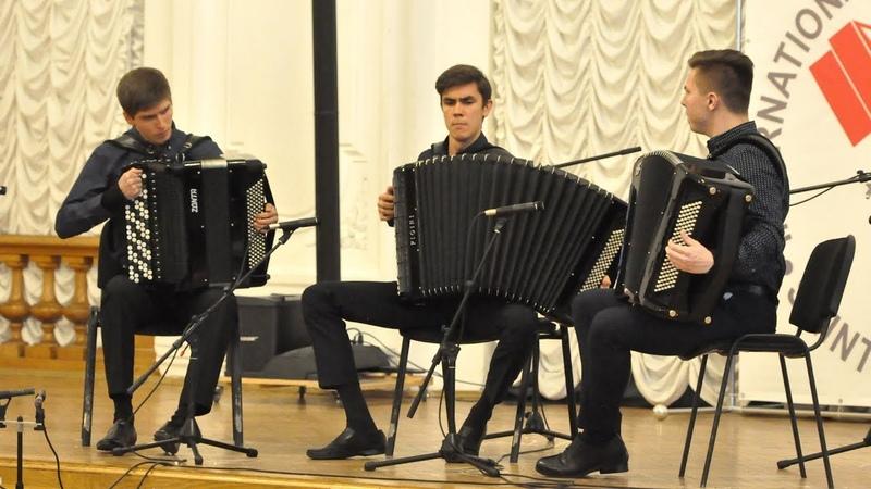 Charm accordion trio Rondo from Little night serenade