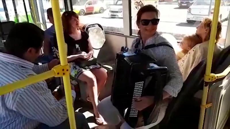 Музыка в автобусах. Великий Новгород.