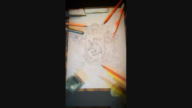Tata рисует