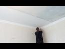 как клеить флизелиновые обои под покраску на потолок