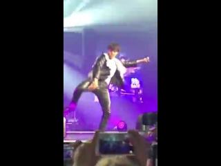 180906 Love Yourself Tour concert in LA D-2 - - HOSEOK ITS SO FUCKING RUDE - - Hoseok JHOP