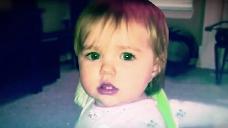 Ihr Baby benahm sich seltsam, sie platzierte eine versteckte Kamera und hielt einen Albtraum fest!