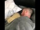 Когда застала его с какой-то блондинкой в постели