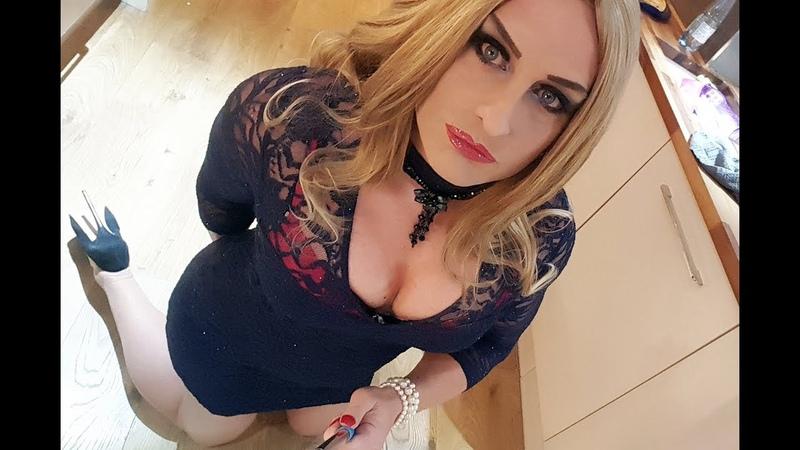 Blonde Mellisa Crossdresser